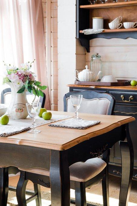 Обеденный раскладной стол из массива дерева