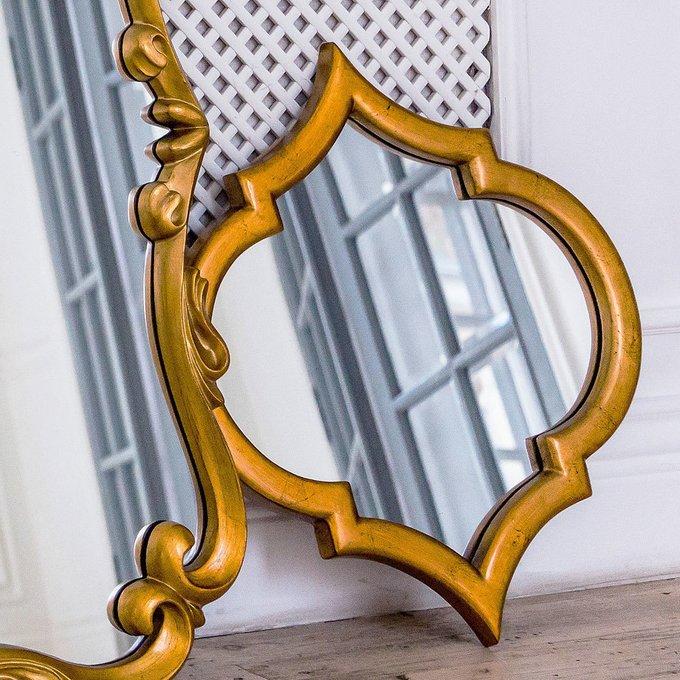 Настенное зеркало Доминик в раме из полиуретана