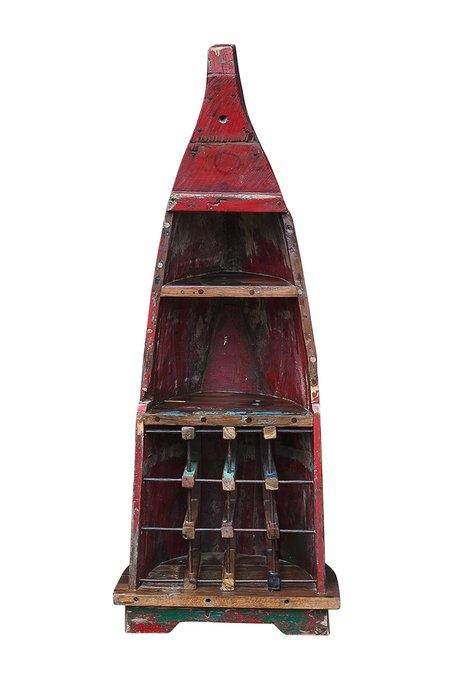 Винный шкаф малый Дмитрий Лаптев из старой рыбацкой лодки