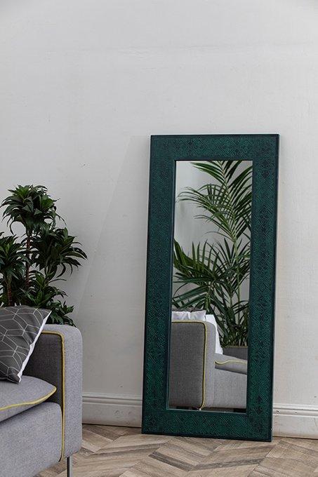 Зеркало в раме Papua Green в этническом стиле