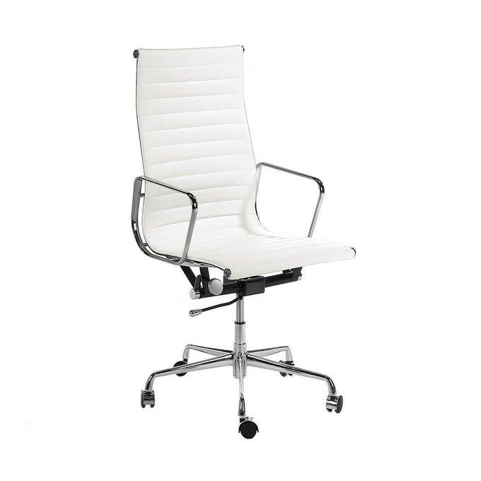 Офисное кресло белого цвета