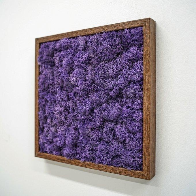 Панно с фиолетовым мхом
