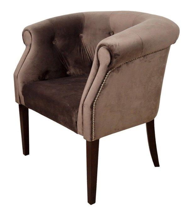 Кресло коричневого цвета