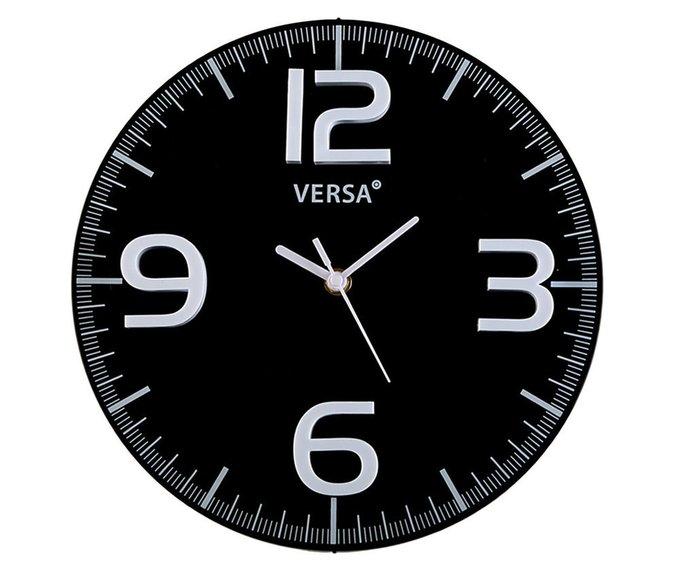 Часы настенные черного цвета с 3-D цифрами