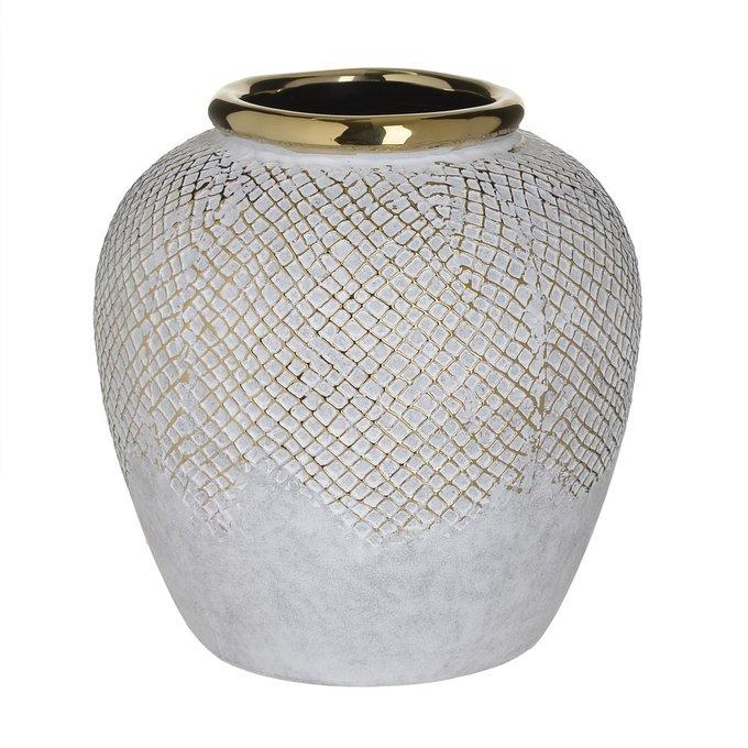 Керамическая ваза молочного цвета