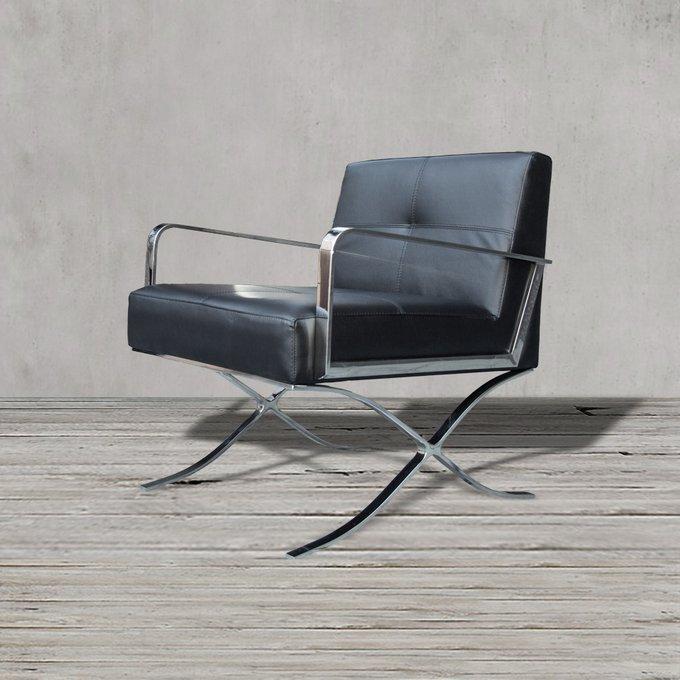 Кресло черного цвета