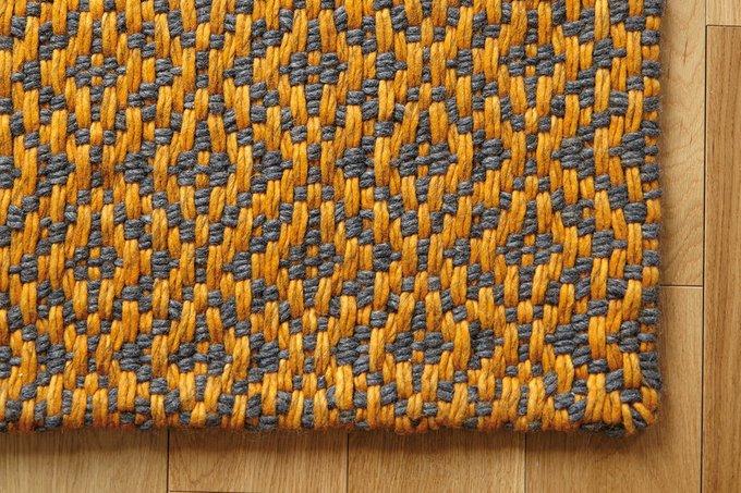 Ковер Bari оранжевого цвета 170x240
