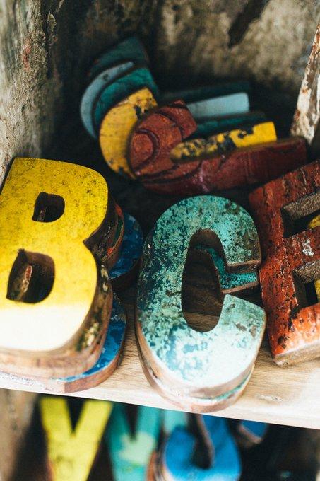 Декор буква L из фрагмента рыболовецкого судна