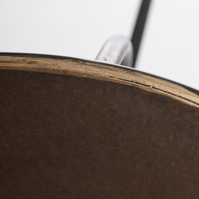 Кофейный стол черно-золотого цвета