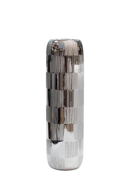 Керамическая ваза серебряного цвета
