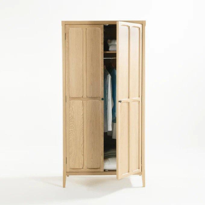Шкаф Eugnie каштанового цвета