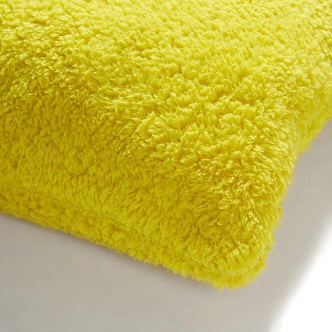 Подушка Capman из микрофибры желтого цвета
