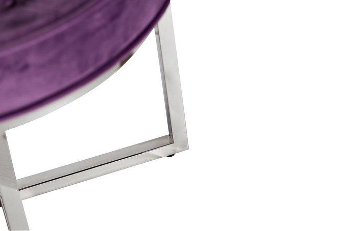 Банкетка из велюра сиреневого цвета со стальными ножками