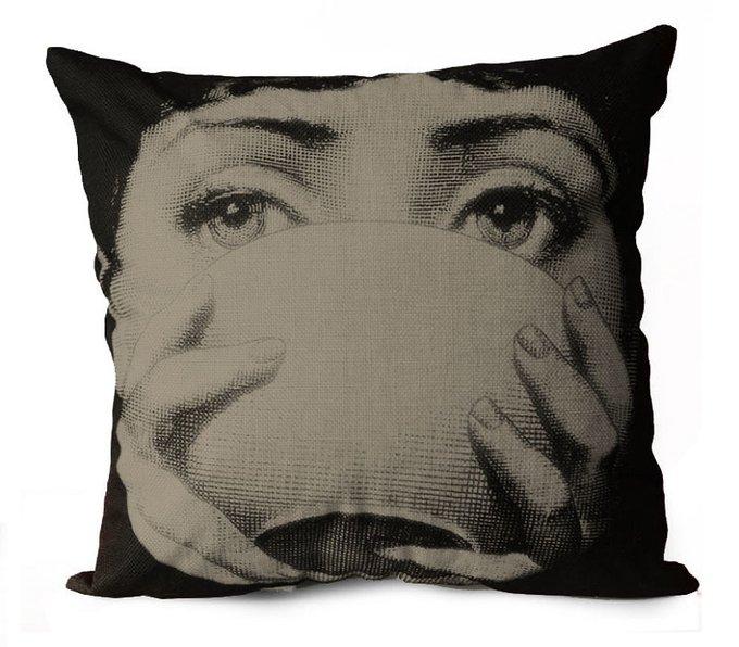 Подушка с портретом Лины Пьеро Форназетти Pleasure