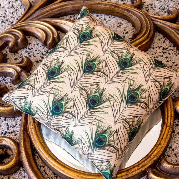 Интерьерная подушка Жар-Птица бежевого цвета 45х45