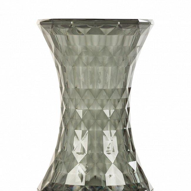 Кофейный стол Rock Crystal из пластика дымчатого цвета