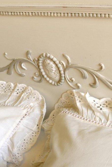 Кровать Камея белого цвета 90х190