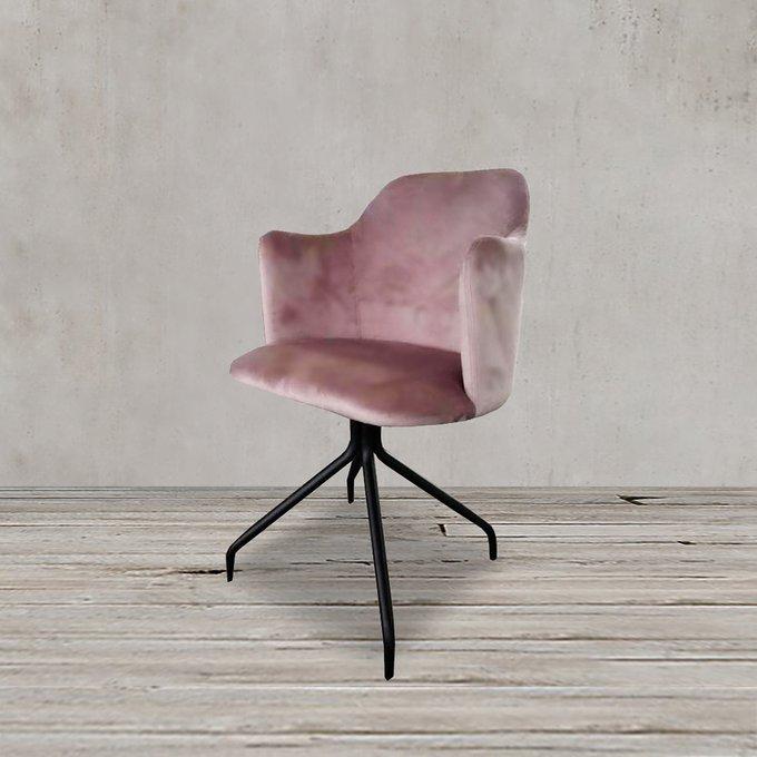 Кресло розового цвета