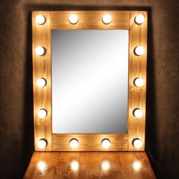Зеркало настольное с лампочками