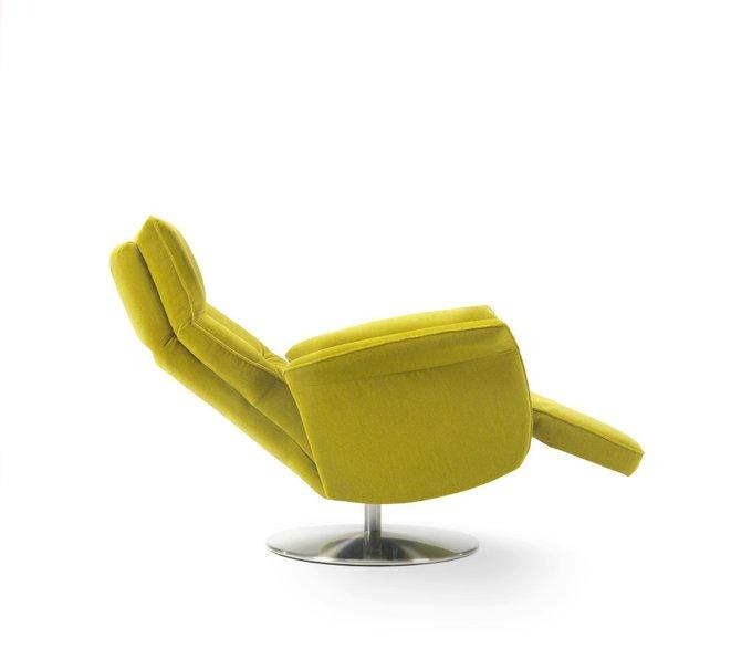 Кресло с механическим реклайнером Aloe желтого цвета