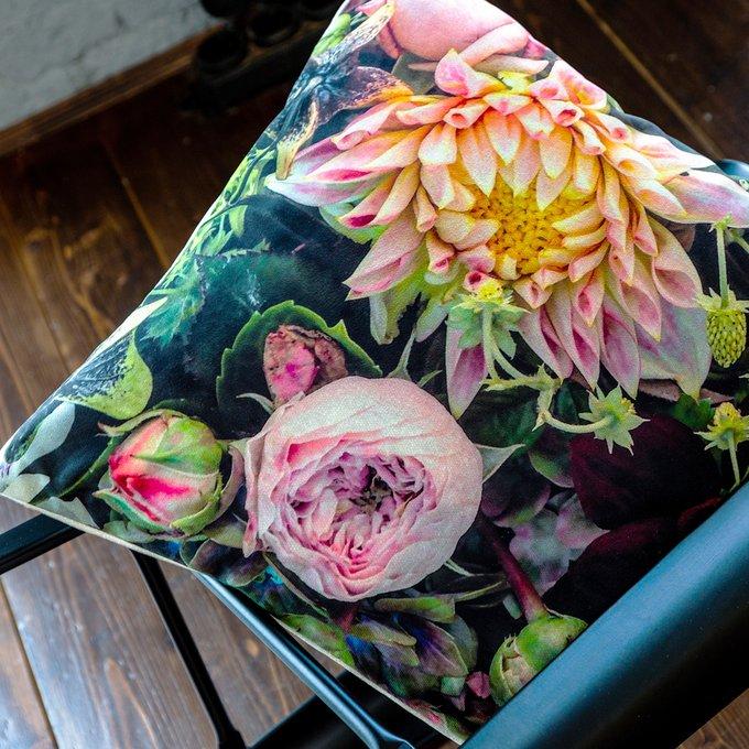 Декоративная подушка Pink Dogwood с чехлом