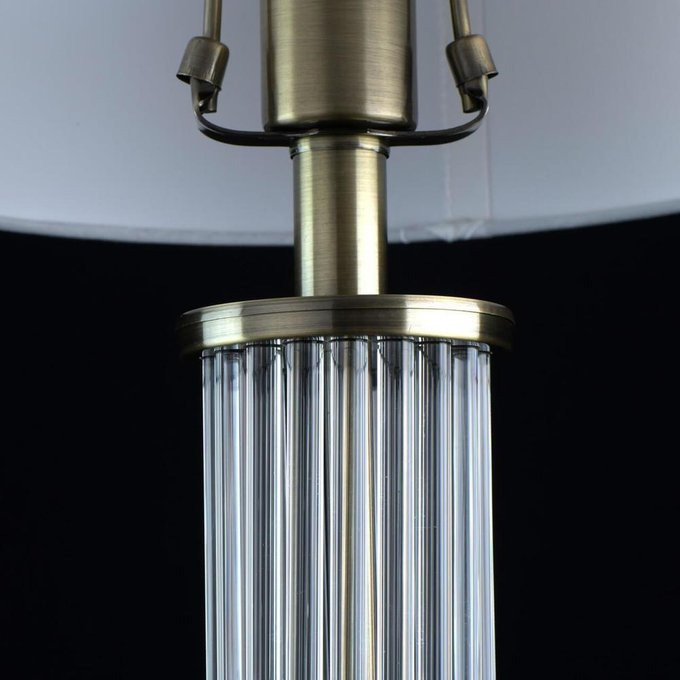 Настольная лампа Аделард белого цвета