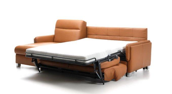 Угловой диван-кровать в коже Stelo коричневого цвета