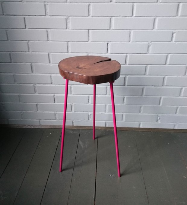 Журнальный стол Tree 17 с розовыми ножками