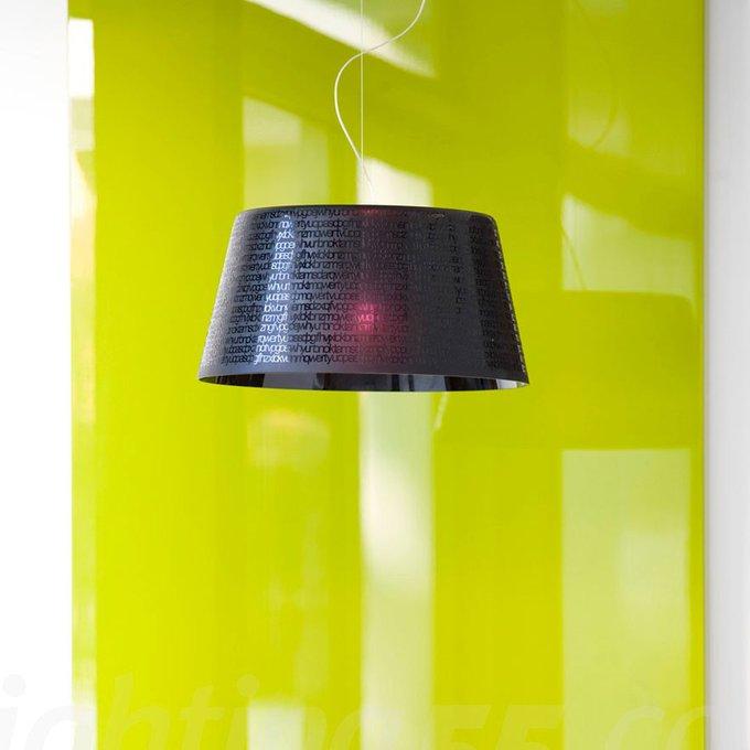 Подвесной светильник Prandina из стекла черного цвета с фирменной гравировкой
