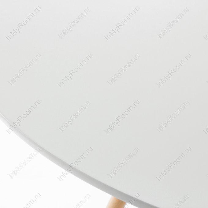 Стол обеденный с белой столешницей