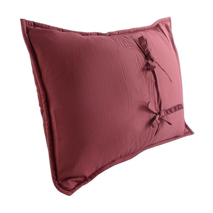 Чехол на подушку бархатный Хвойное утро бордового цвета