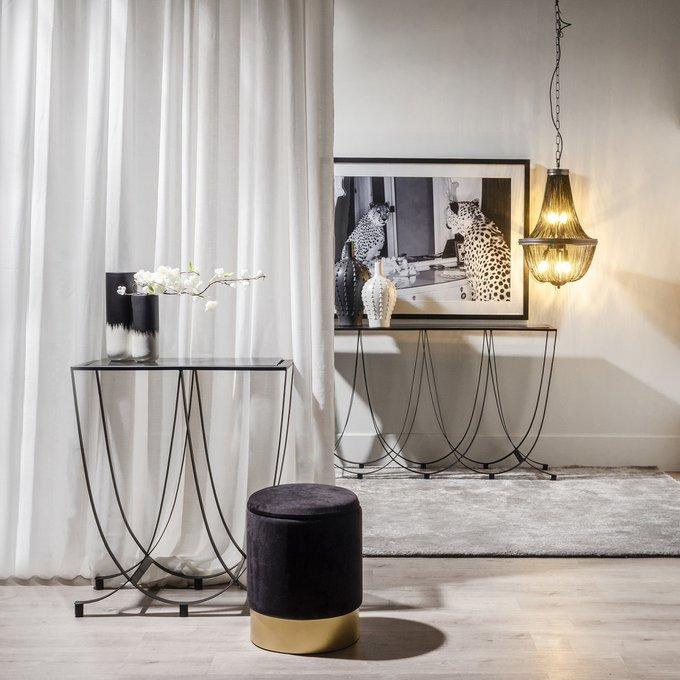 Стол-консоль черного цвета