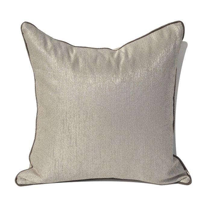 Декоративная подушка Chloe бежевого цвета