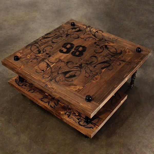 Журнальный столик Chivas на металлических ножках