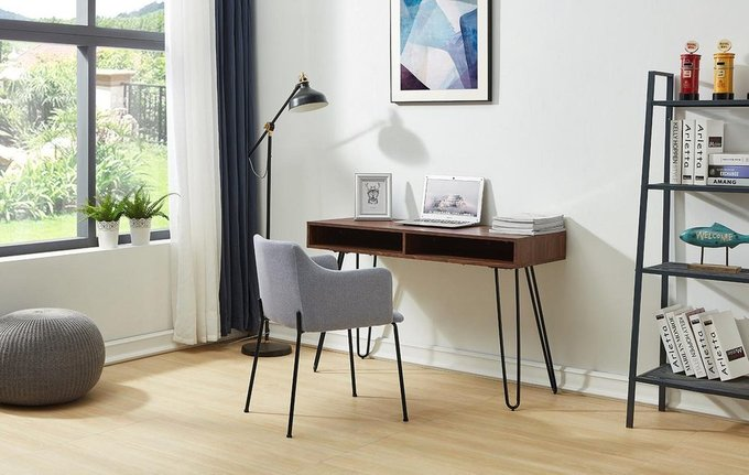 Письменный стол с полками