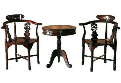 Столик и стулья - Юань-чжо-ке-и комплект для настольной игры