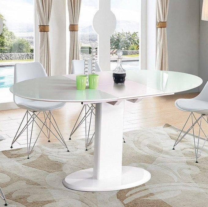 Овальный раскладной стол белого цвета