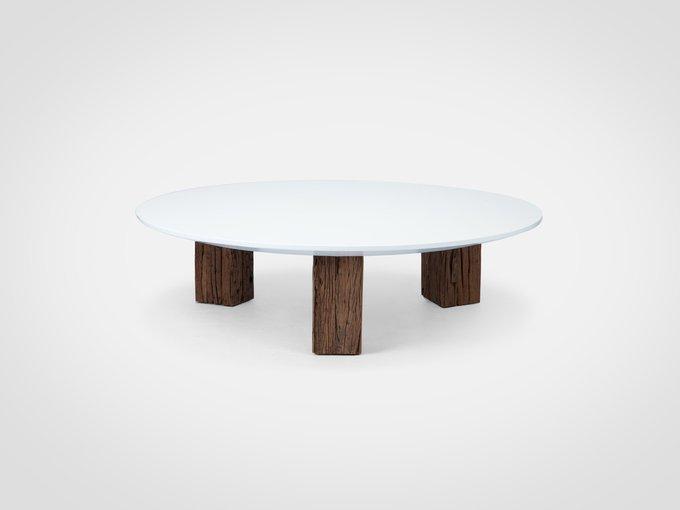 Стол кофейный круглый на ножках из состаренного тика