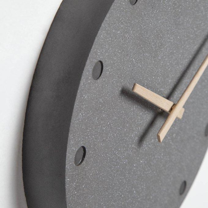 Часы Bitia из цемента темно-серого цвета