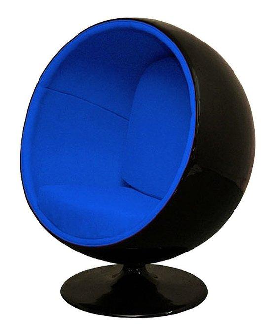 Кресло Eero Ball Chair черно-синего цвета