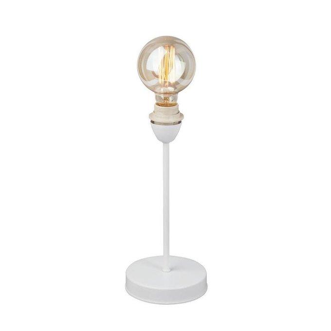 Настольная лампа из металла белого цвета
