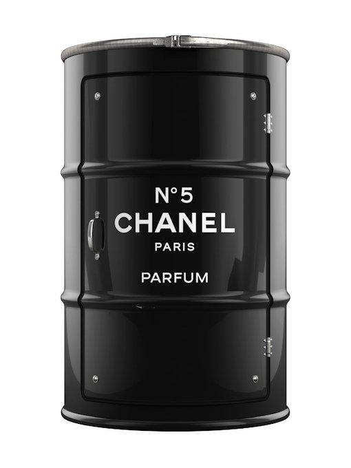 Бочка-шкаф с дверью и полками Chanel L черного цвета