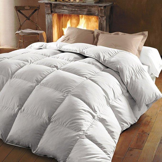 Одеяло из утиного пуха с обработкой Proneem Teflon белого цвета 240x220