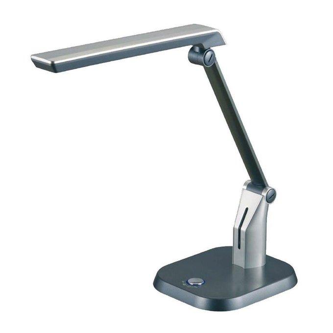 Настольная лампа серебристого цвета