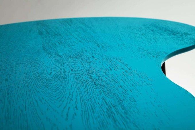 Журнальный столик Почка с голубой столешницей
