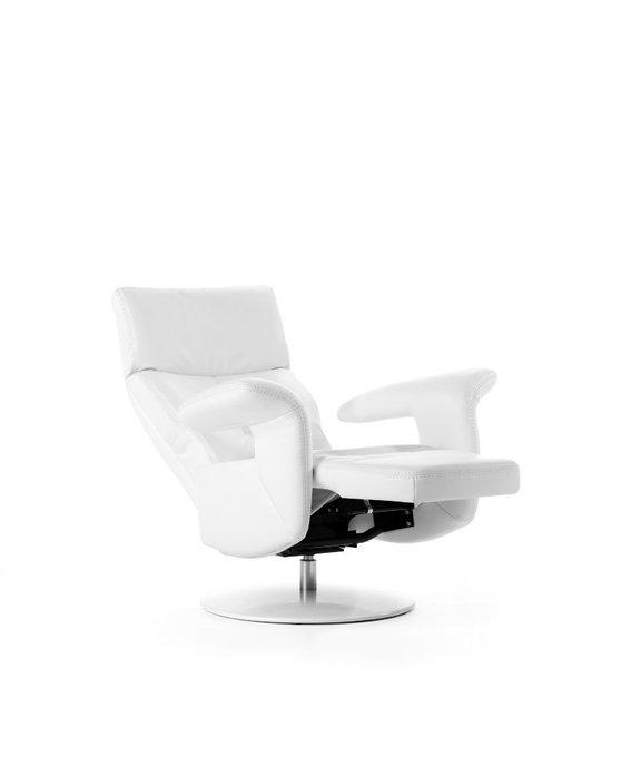 Кресло Aromaс механическим реклайнером темно-коричневого цвета