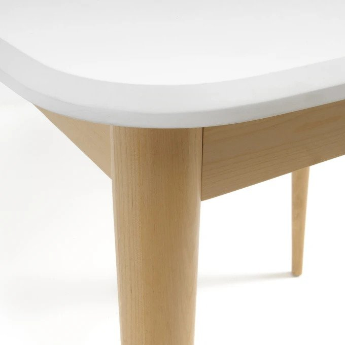 Обеденный стол Jimi на ножках из массива березы
