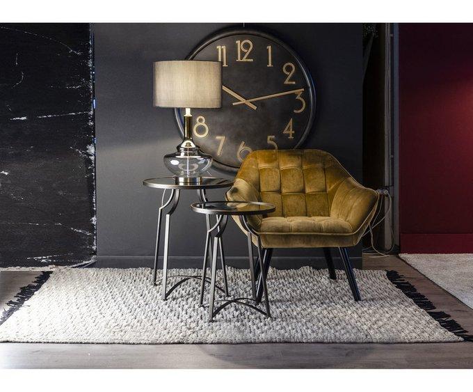 Кофейный стол со стеклянной столешницей