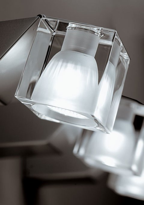 Настенный светильник Fabbian Cubetto