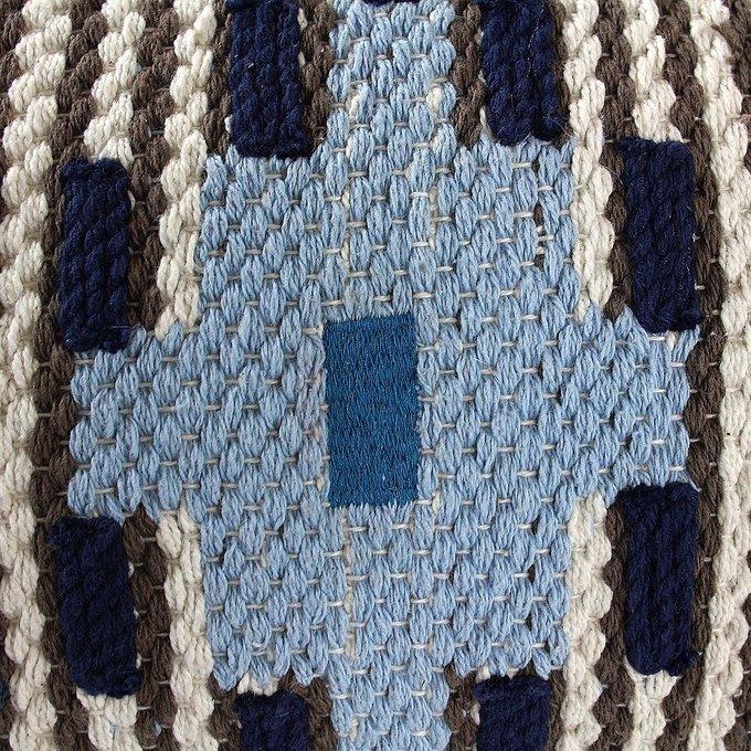 Декоративная подушка из хлопка с кисточками